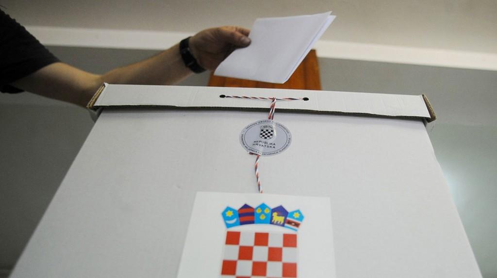 Izbori-glasacka-kutija-glasovanje