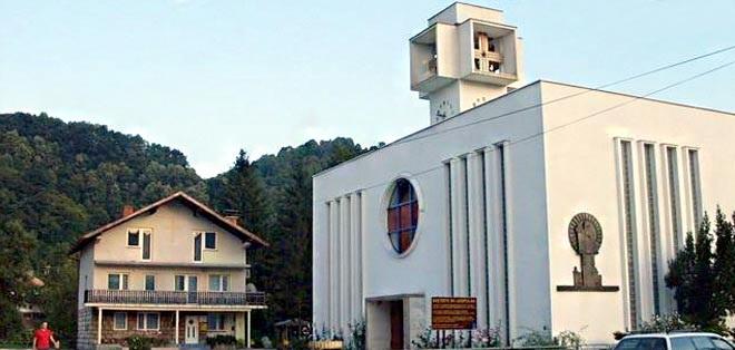 crkva_sv_leopolda_mandica_maglaj