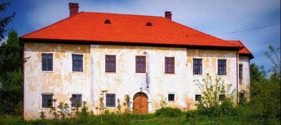 dvorac-josip-antun-colnic-tupcina